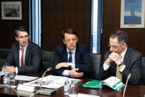 Zagreb, 12. veljače 2012. - Anton Rop, potpredsjednik Europske investicijske banke sa suradnicima