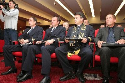 Dobitnici priznanja Vjesnika za 2005. (foto FaH)