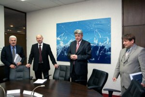 Zagreb, January 31 2012 - Zlatko Komadina, Minister of Maritime Affairs, Transport and Infrastructure, welcomed harbour masters by saying to them to continue with the honourable and responsible performing of navigation safety tasks and protection of the Adriatic Sea and inland waters