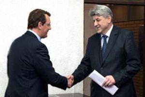Zagreb, 12. veljače 2012.  - ministar Zlatko Komadina i Anton Rop, potpredsjednik EIB-a